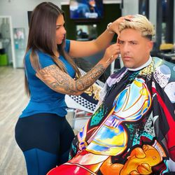 Becky.cuts, 4418 Curry Ford rd, Elite barbers, Orlando, 32812