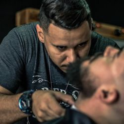 Diego Henrique - The Ultimate Cave Barbershop
