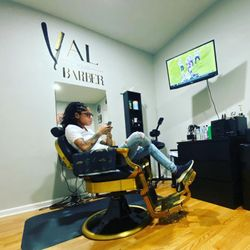 Val Your Barber, 7354 w Addison, Yourbarber, Chicago, 60634
