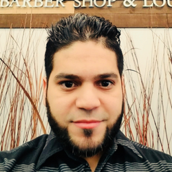 Raul Martinez - VIP Barbershop & Lounge