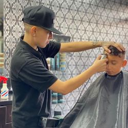 Adyy - Supreme barbershop