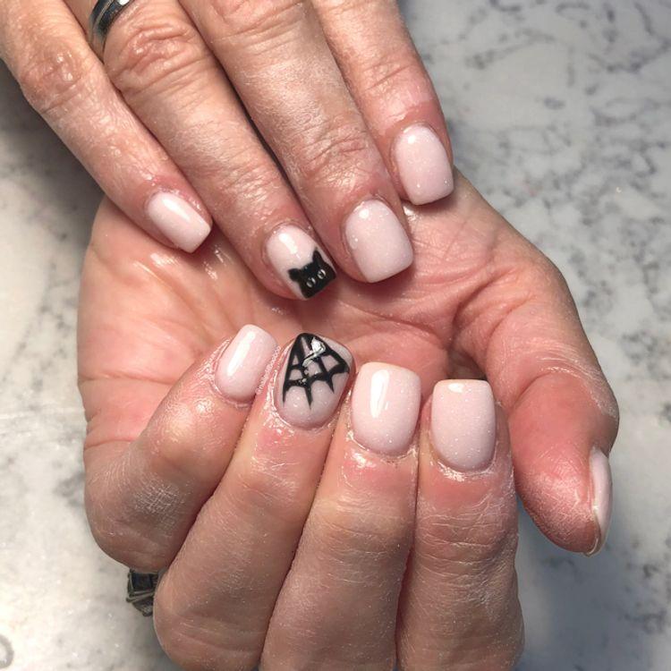 Dip powder with nail art!