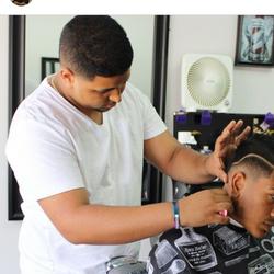 Javier Chica (Cheech) - Creative Clips Barbershop II