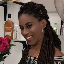Damaris - Bella's Beauty Lounge Dominican Hair Salon