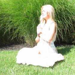 Kim Lauch @ OM DOME - RELAZENSHIPS Holistic Wellness