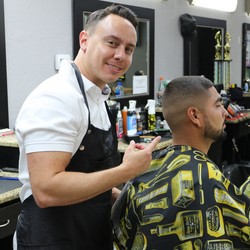 Moises Master Barber @Moiseselbarber - Fademasters - 1 Tampa