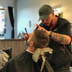 Kevin Zeallear - Classics Barbershop