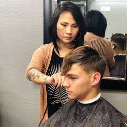 Fahm Saelor - Legends Barbershop