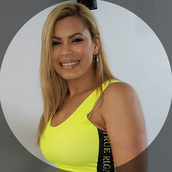 Carolina Wolter - AMBIANCE DOMINICAN HAIR SALON
