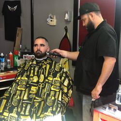 Juan Ruiz - Legends Barbershop