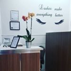 Forever Chic Hair Salon, 2445 W. Armitage Ave, Chicago, 60647