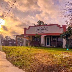 Tony's Barber Shop, 2324 W Gentry Pkwy, Tyler, 75702