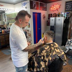 Martin the Barber, Dobbins St, 198, Vacaville, 95688