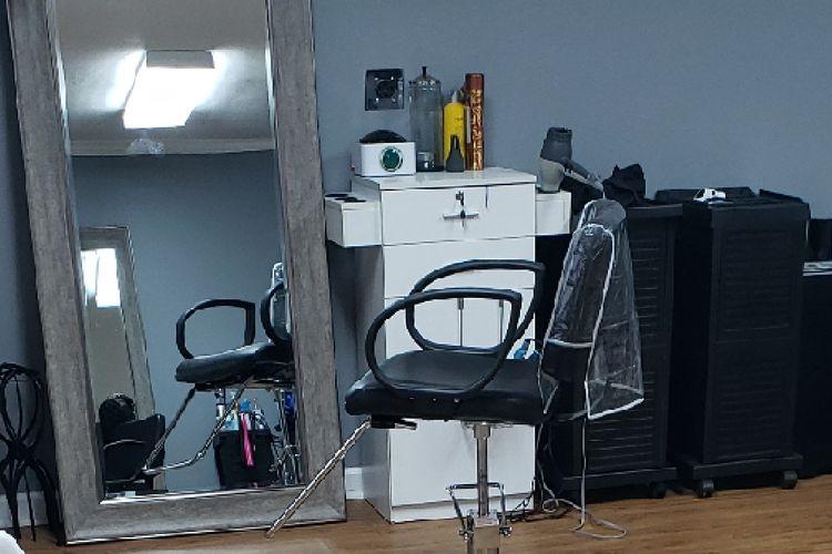 J Marie Hair Studio