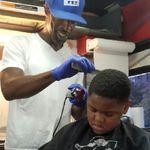 Dabarbergodd Harlems First mobile barbershop