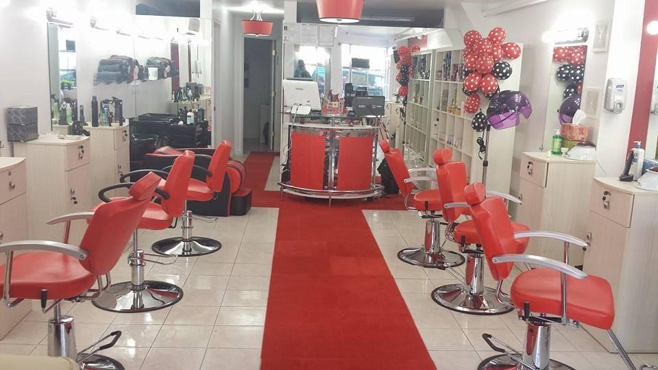 Queens Beauty Parlor