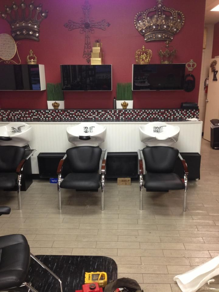 Thy Crown & Glory Salon