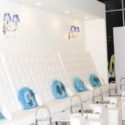 L'acqua Nail Spa Lounge