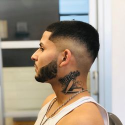 Knuckle up & Fade, 639 e Shaw ave, Suite 103, Fresno, 93710