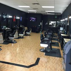 Mark the Barber, 2751 S Chickasaw Trail # 105, Orlando, FL, 32829