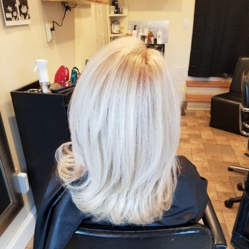 Hair Salon - Keri Maloof @ Ramona's