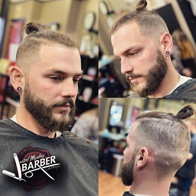 Barbershop, Hair Salon, Beauty Salon - Sweeney Todd's Barbershop