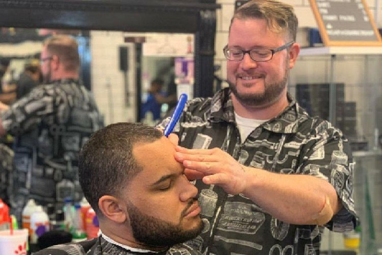 ChristianYourBarber @ Sapia's Barbershop