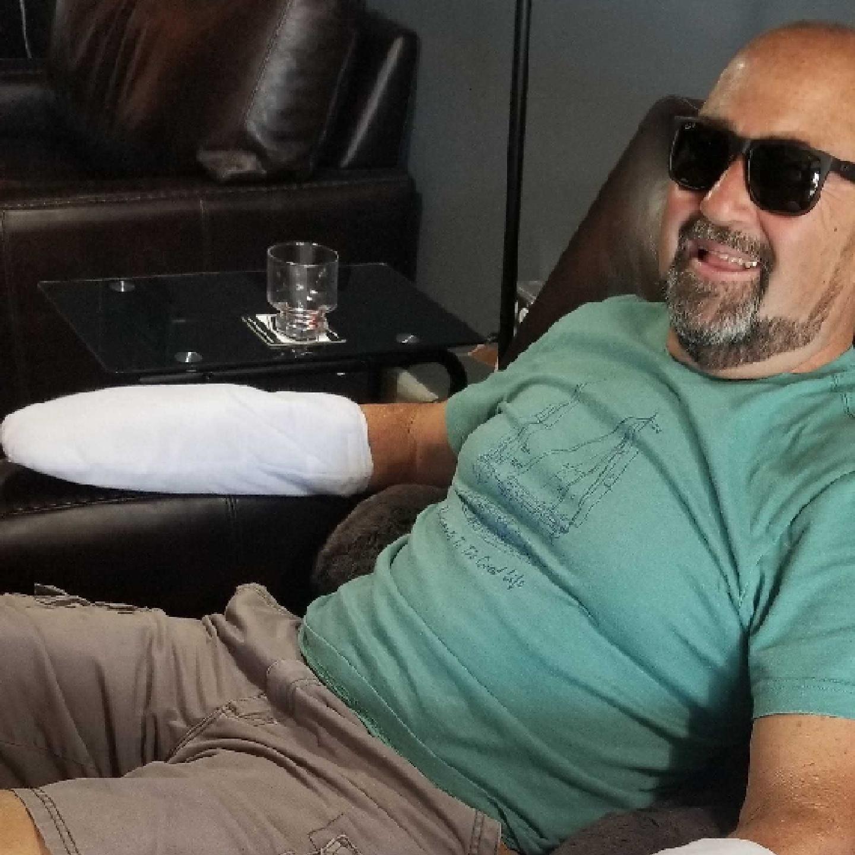 Day Spa, Nail Salon - Fresh Men Spa Lounge