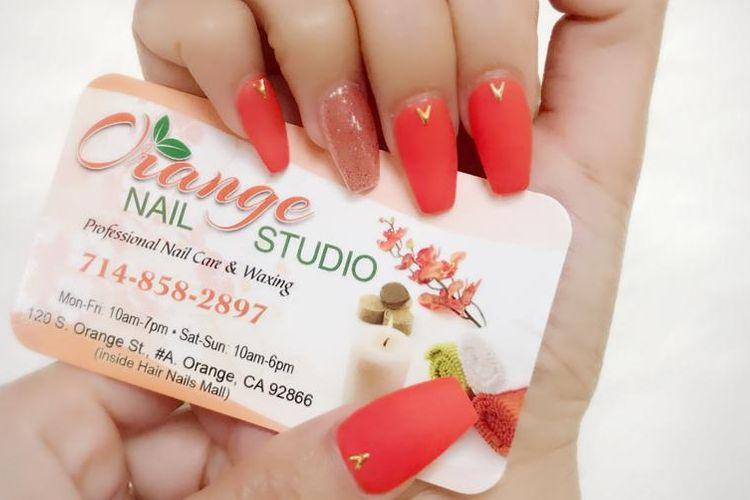 Orange nail studio