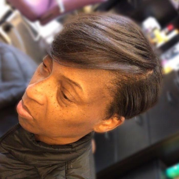 Hair Salon - MahoganyLuxx