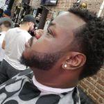 Cruz V at Sculptures Barbershop