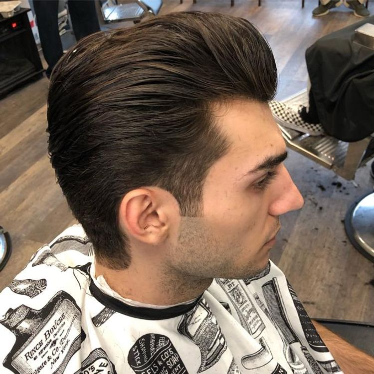 Sissor cut