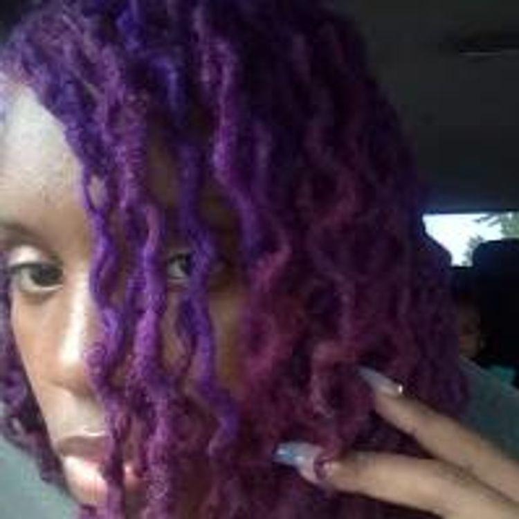 Custom color on dreads