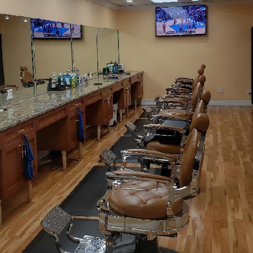 Barbershop - New HEADLINER 561  William Wells