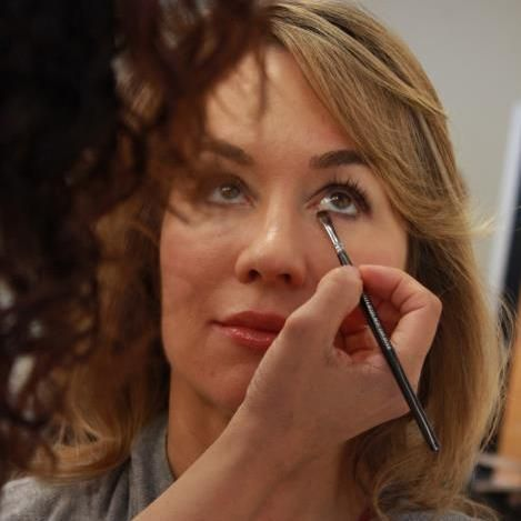 Makeup Artist - LA Gallery Hair & Make-Up Studio