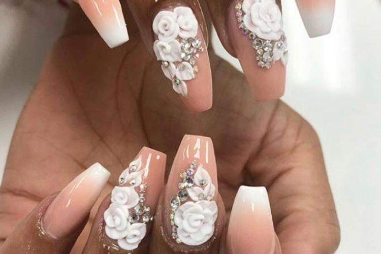 Mayli Nails