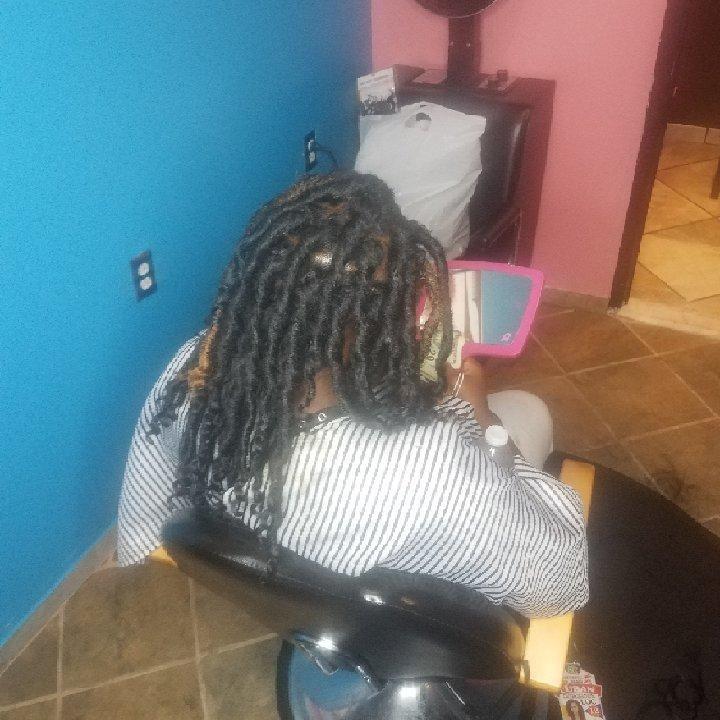 Hair Salon - Queendom Creations