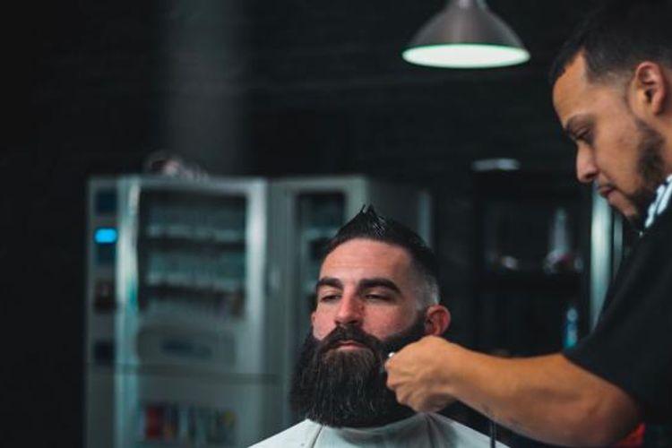 Mikey @ Bearded Dragon Barbershop