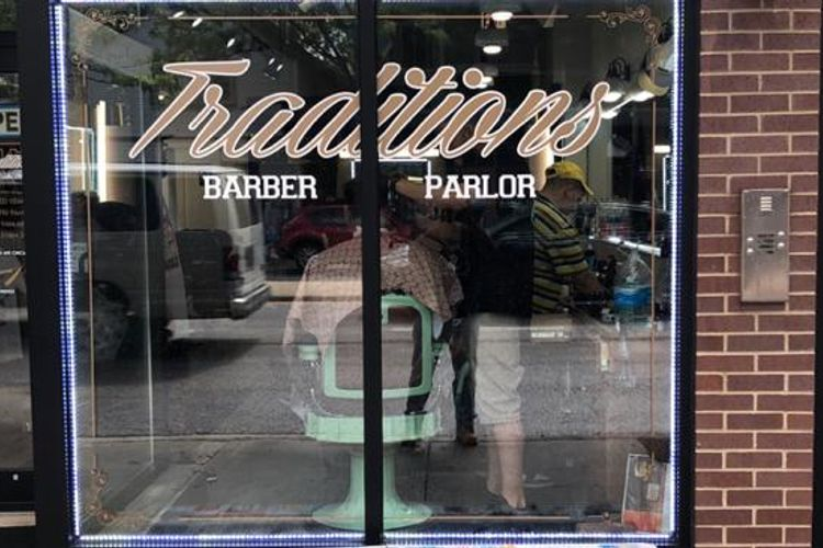 Johnnie J@ Traditions Barber Parlor 3