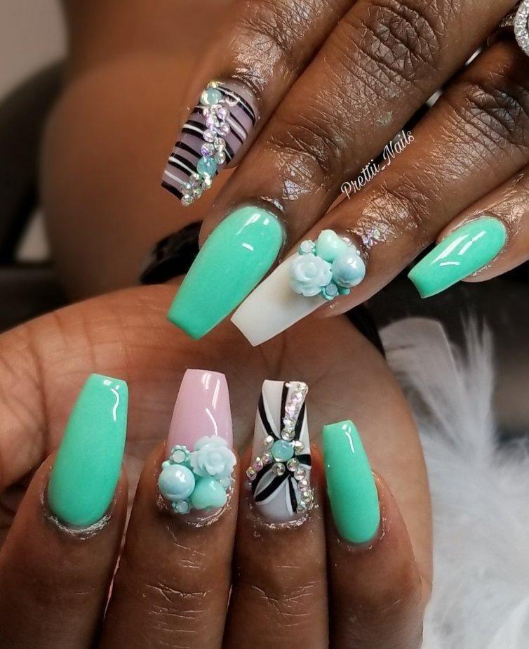 Nail Salon - Prettii_Nails