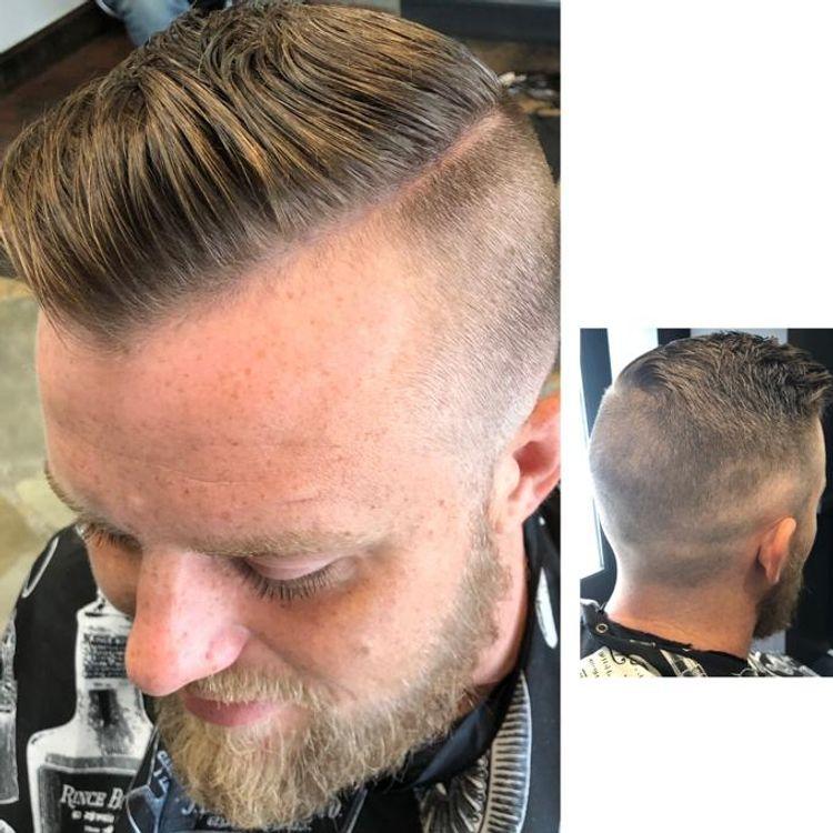 b'Fresh Fade/comb over /hard part/ tapper neck'