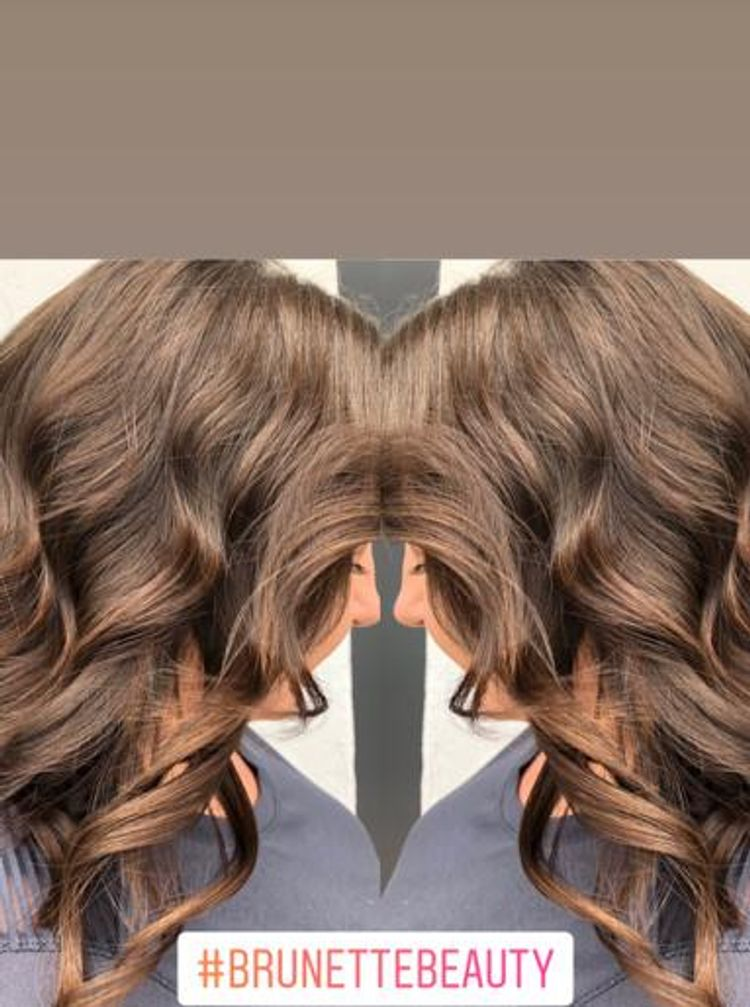 b'Nice warm brunette !! Layered cut \\curls \xe2\x9c\x82\xef\xb8\x8f\xf0\x9f\x92\x95'