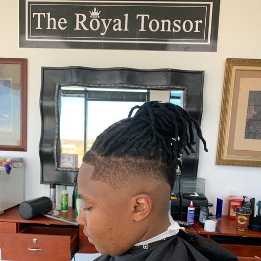 Barbershop - The Royal Tonsor