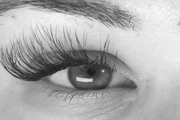 Lovely Eyes by Hope