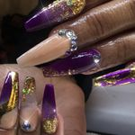 D'yVonne's Nails And Beauty Bar