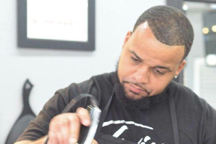 Twin Tha Barber At Diligent Hands Barbershop