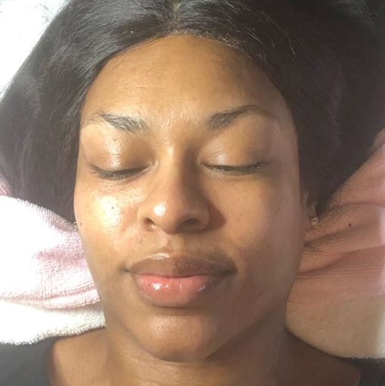 Spoiled Dermaplaning Facial Paired with Super Green Strength and Rejeuvenating Hydrojelly Mask