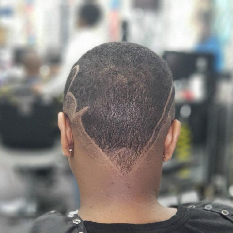 Women Hair cut and design by @pennythelastking