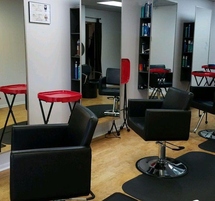 Salon San Carlos