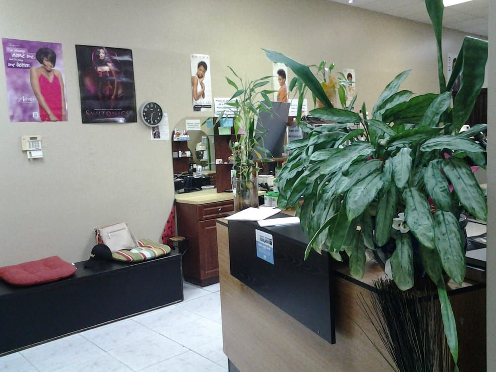 In Style Salon and Barber Shop